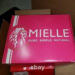 Mielle Organics 13 Piece Box Gift Set Moisture RX Hawaiian Ginger Products