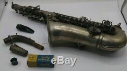 Vintage Frank Holton Elkhorn WI Silver Alto Saxophone 31491 with Case